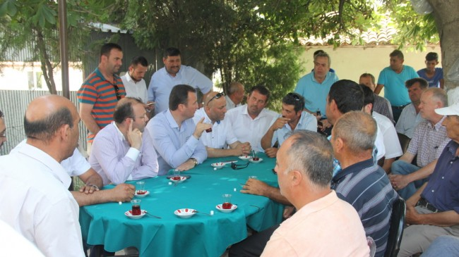 AK Parti Nadırlı Köyünde de Bayramlaştı
