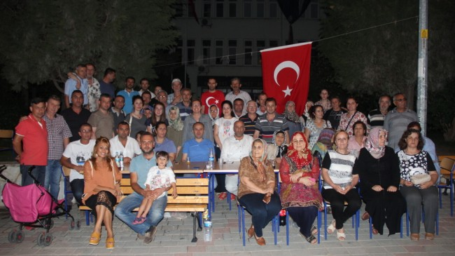 """""""DEMOKRASİ NÖBETLERİNE ARTIK ARA VERİYORUZ"""""""