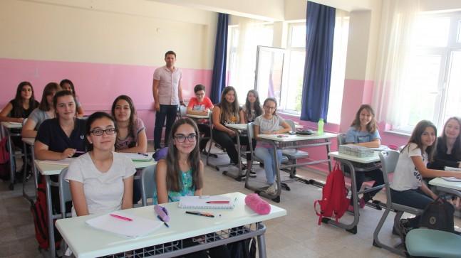 Atatürk Ortaokulunda destekleme kursları başladı