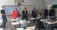 Kadriye Tokat Atatürk Ortaokulu'nu ziyaret etti